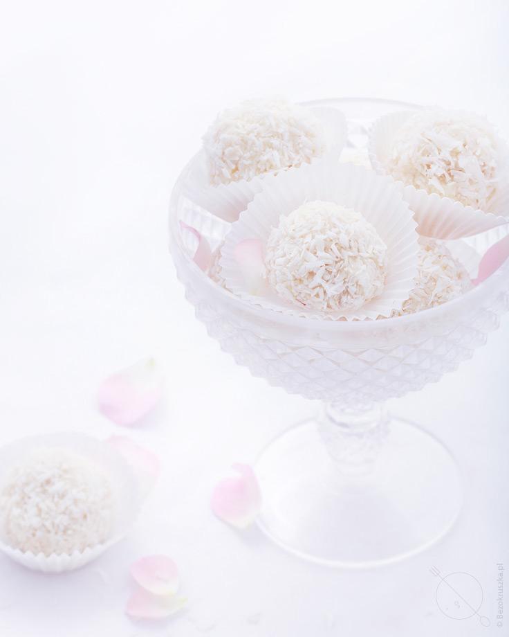 Rafaello bezglutenowe kokosowe praliny z mascarpone i białą czekoladą