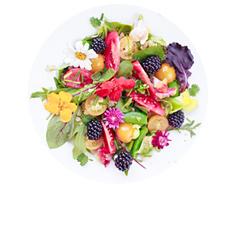 salatka-z-jadalnymi-kwiatami