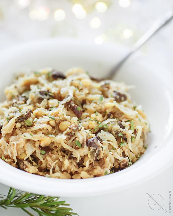 Kapusta wigilijna z grochem i grzybami bezglutenowa weganska