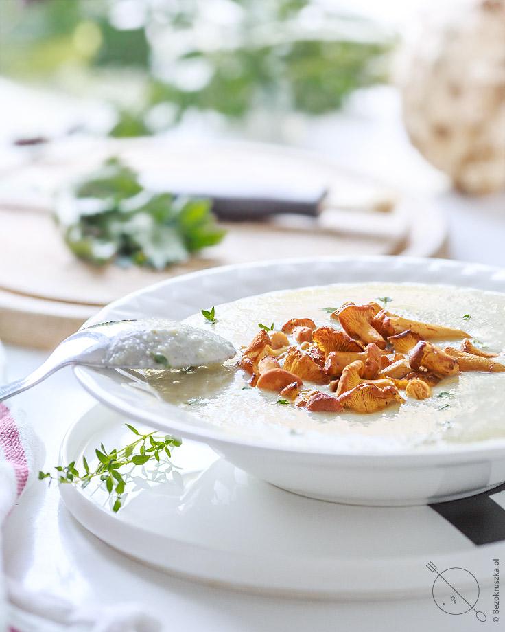 zupa krem selerowa z kurkami wegańska